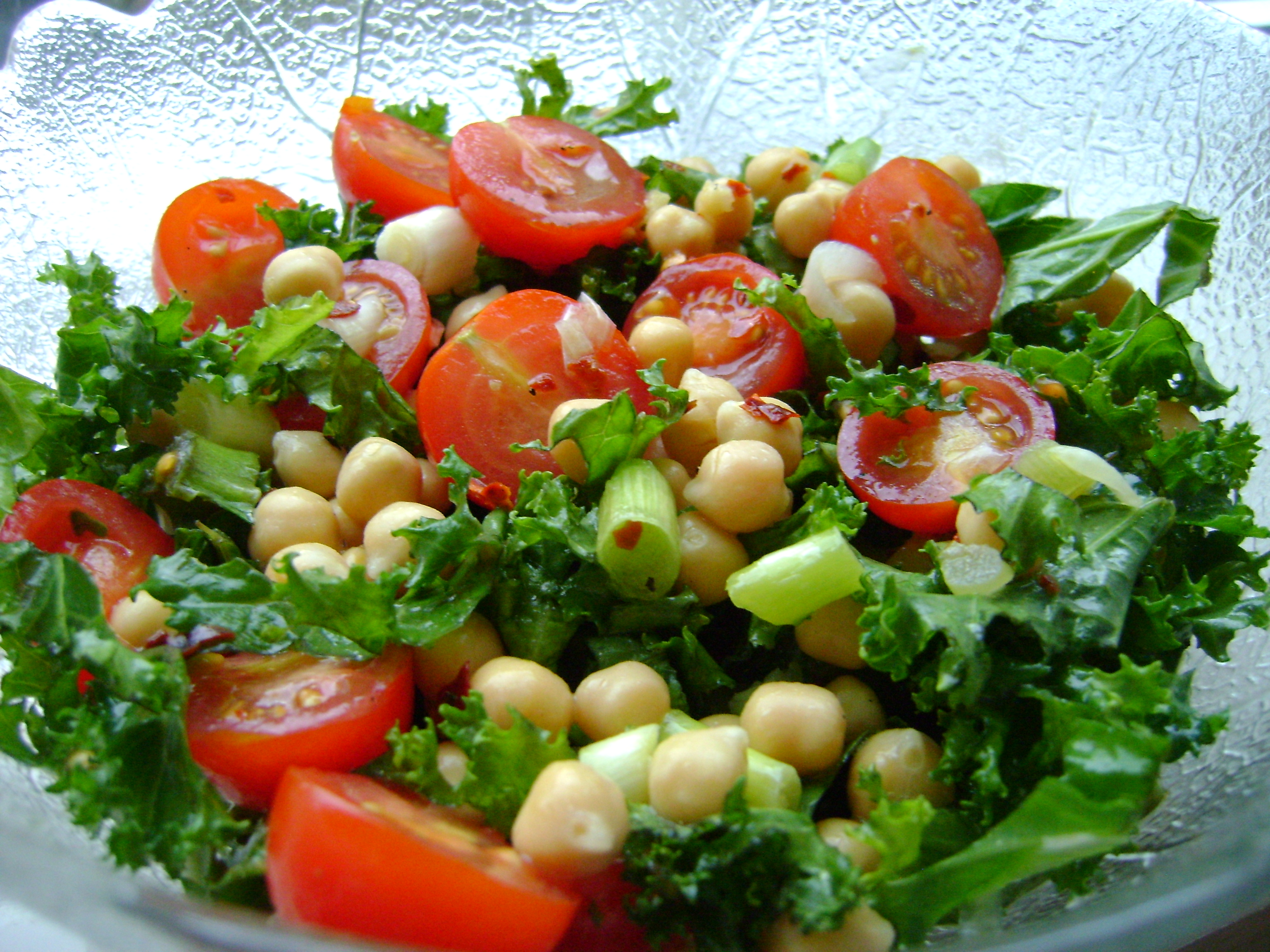 Chickpea, Tomato and Kale salad | Made by Jayne
