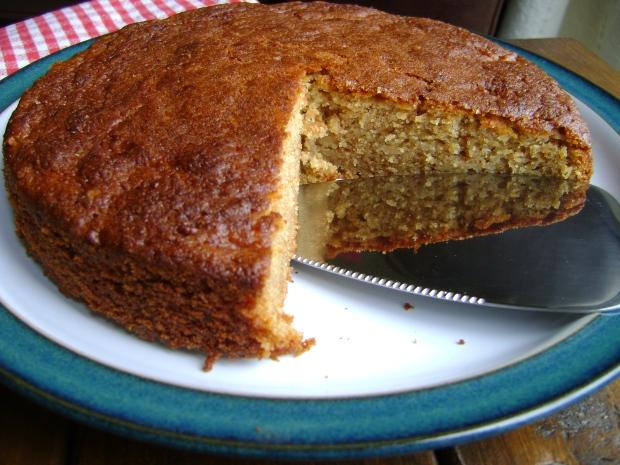 Apple cake madebyjayne.com