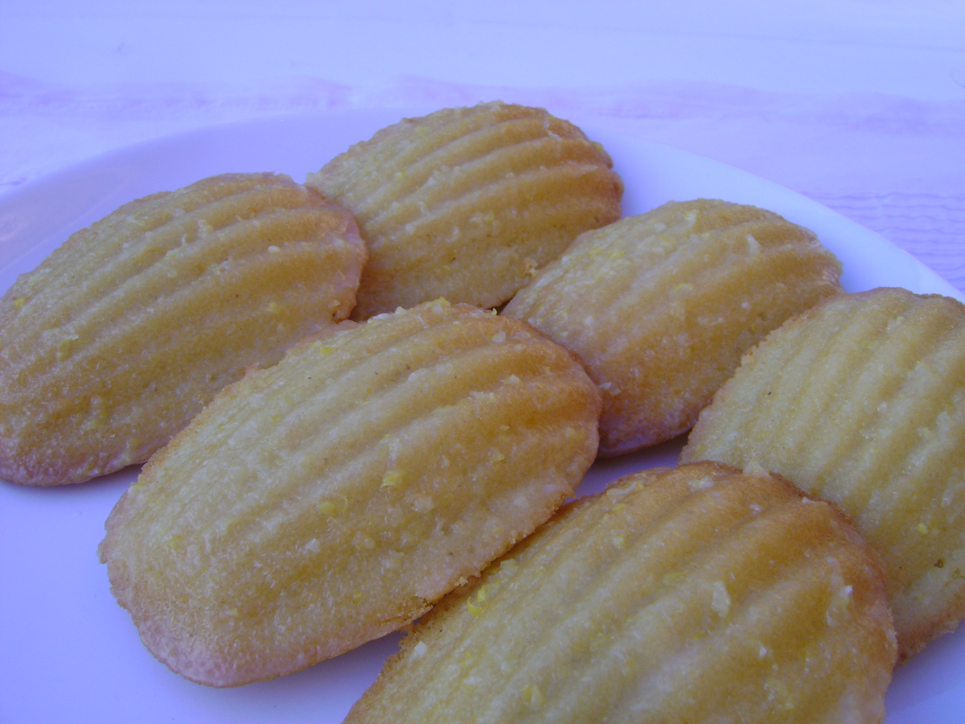 meyer lemon & brown butter madeleines madebyjayne.com