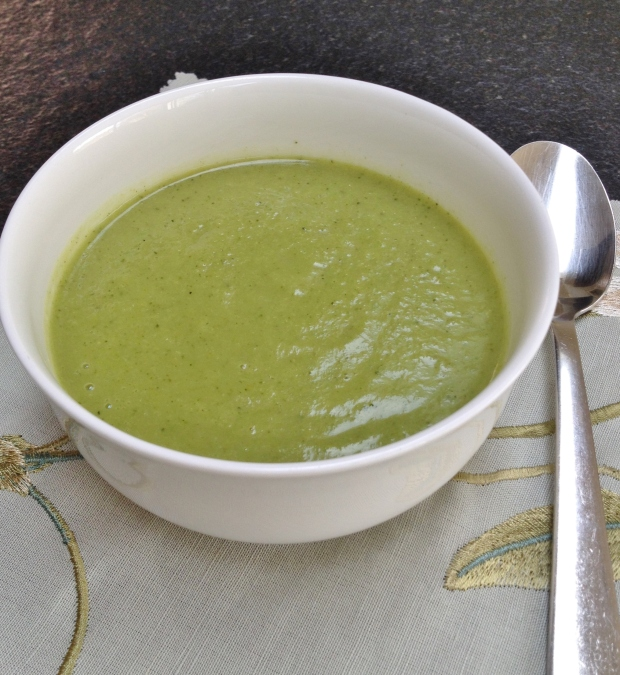 Broccoli soup madebyjayne.com