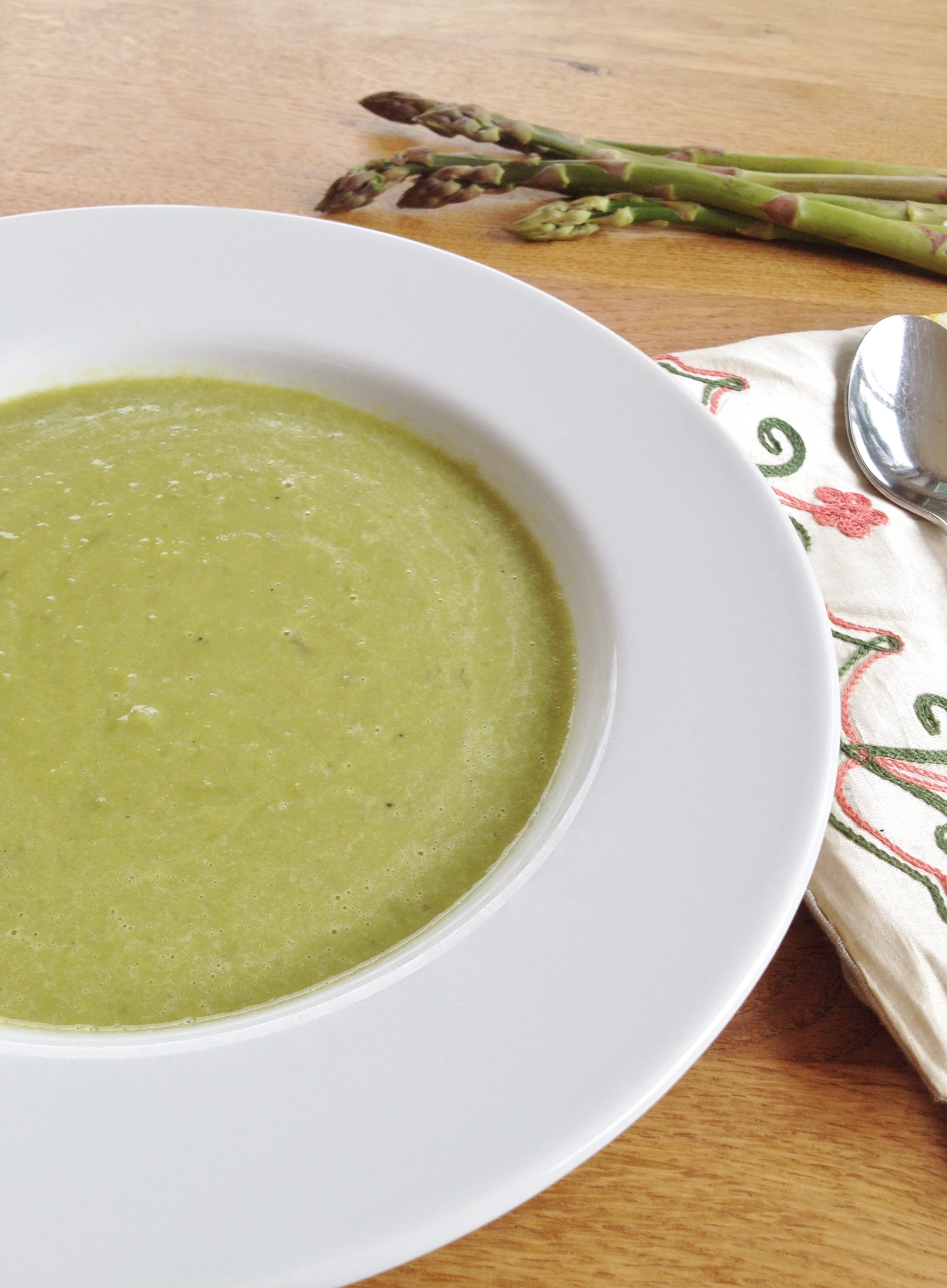 Asparagus soup with a hint of Lemongrass | Made by Jayne